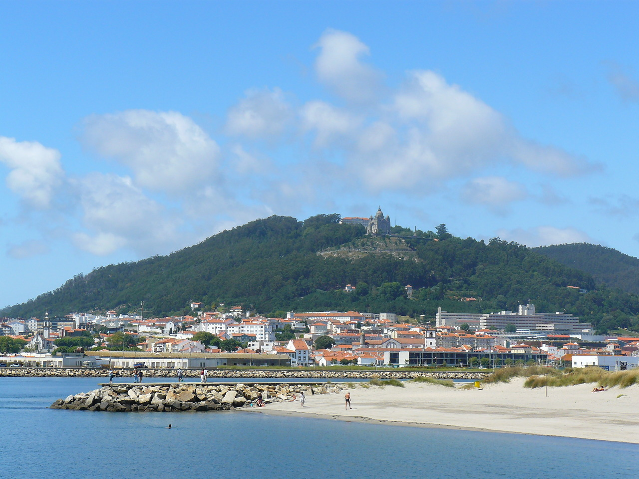 Strand in Viana do Castelo - Fly drive Noord Portugal